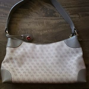 Dooney & Bourke Hobo Bag Medium